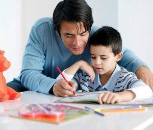 padres-ninos-deberes-colegio3